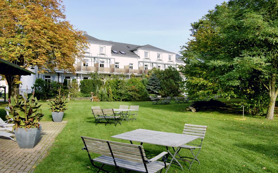 Haus Wartburg Gartenansicht